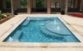Gunite Spa with Bubblers, Jets, & Tanning Ledge