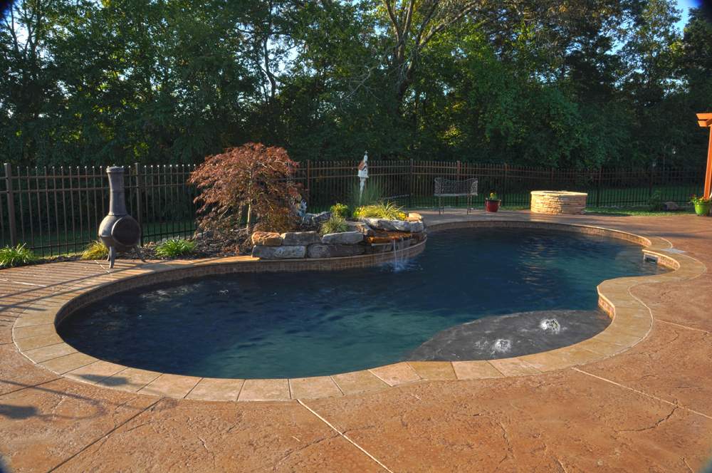 3 Reasons to Build a Custom Pool in Knoxville