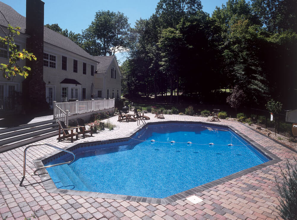 Count on Campbell's Pool & Spa for Your Custom Pool